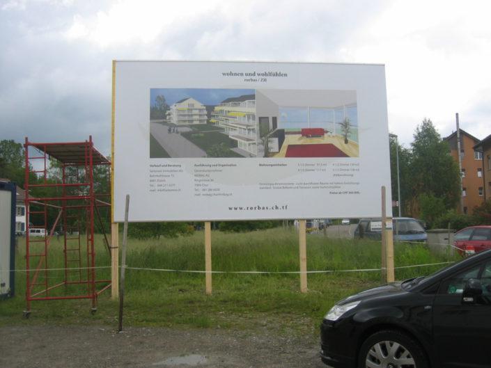 Schilder, Baustelle, Montage, Rorbas, Schweiz
