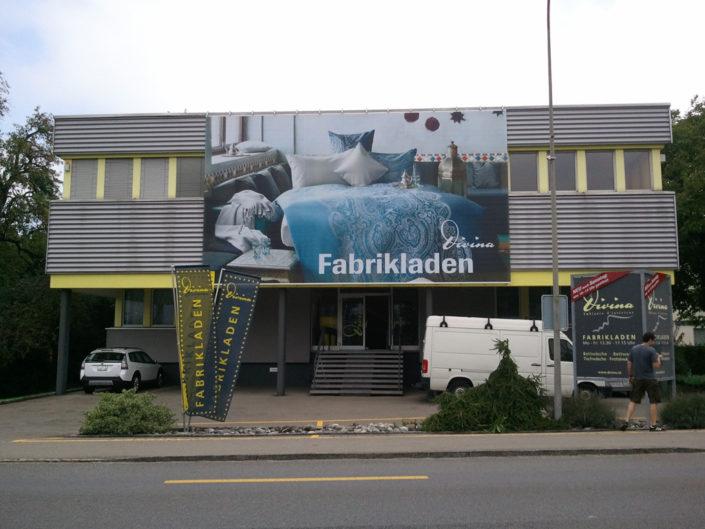 Textilfassade, Textilspannrahmen, Divina, Schweiz
