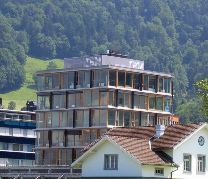 Textilfassade, Textilspannrahmen, Technikverkleidung Hochhaus, Bregenz