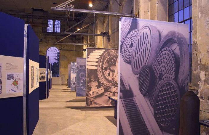 Raumtrenner, Abhänger, Ausstellung Rüsch, Dornbirn